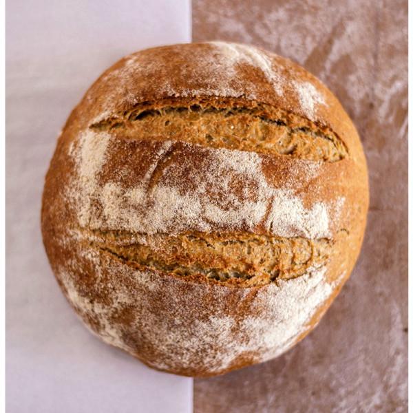 Hogaza de pan ecológico de trigo sureño. / Biopan