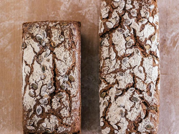Pan integral de centeno y calabaza